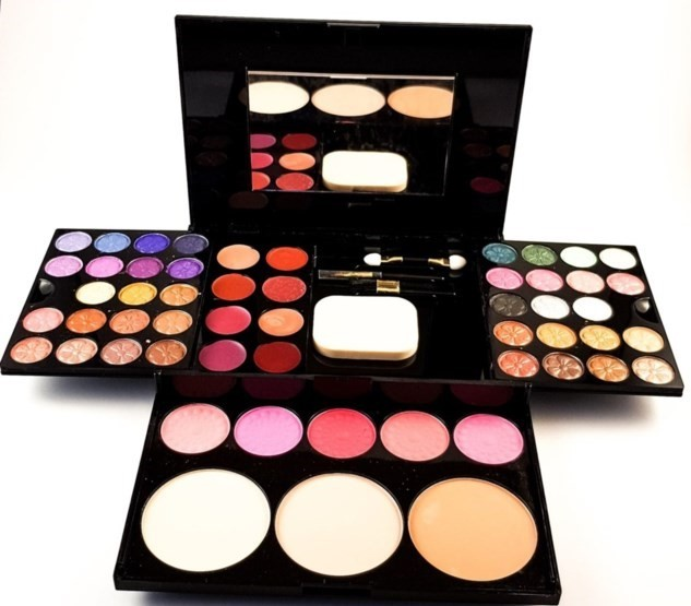 Large Eyeshadow Makeup Kit